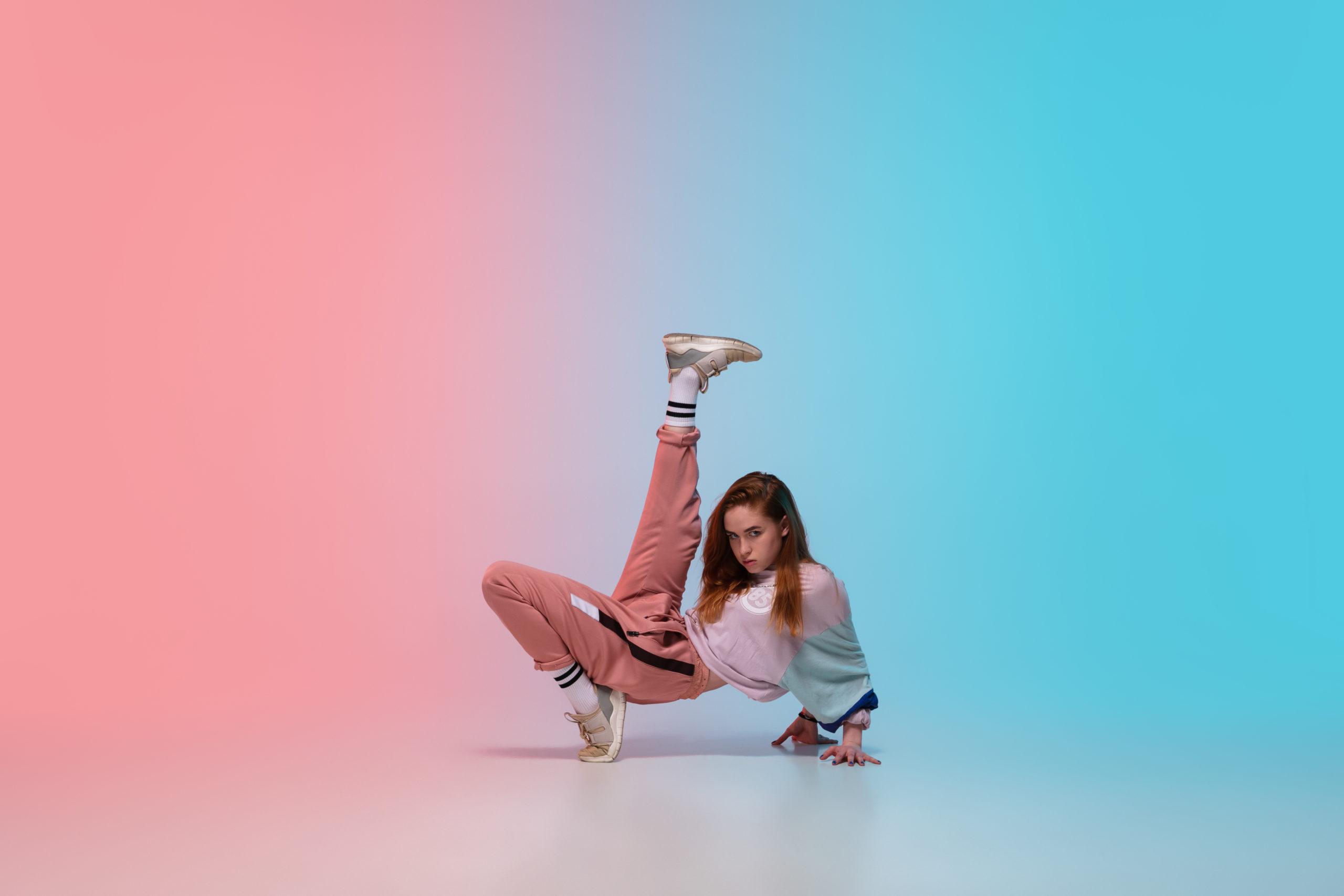 プロのダンサーになるにはどうしたらいいですか?ダンサーの3つの仕事!
